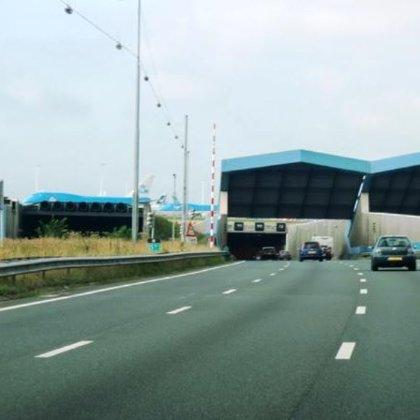 Tunnel Shiphol (Netherland)